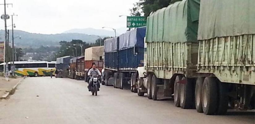Por bloqueos carreteros en el Istmo, 8 empresas se van