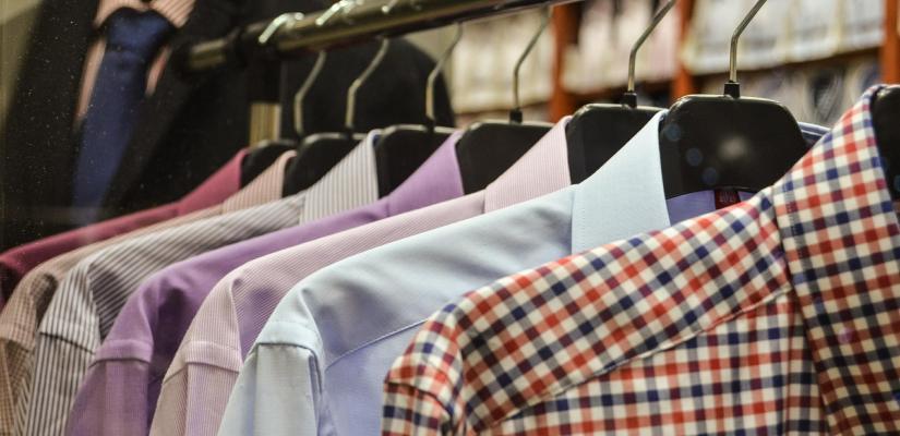 Remedio Casero: Quitar el olor de humedad a la ropa.